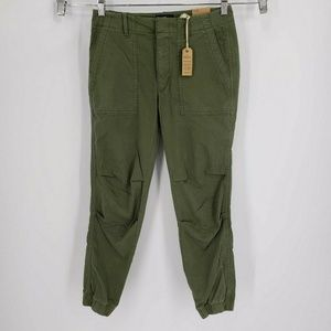 New American Eagle Stretch Green Jogger Pants